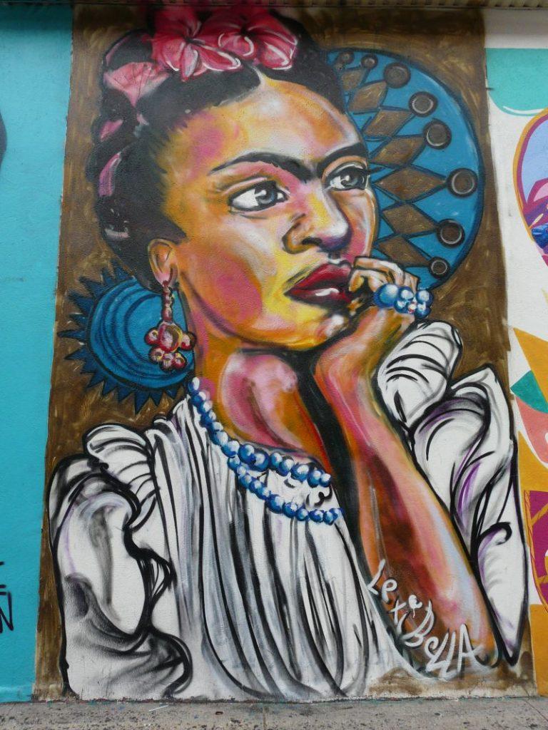 Graffity mit Frauenkopf in der Sehnsuchtsstadt New York